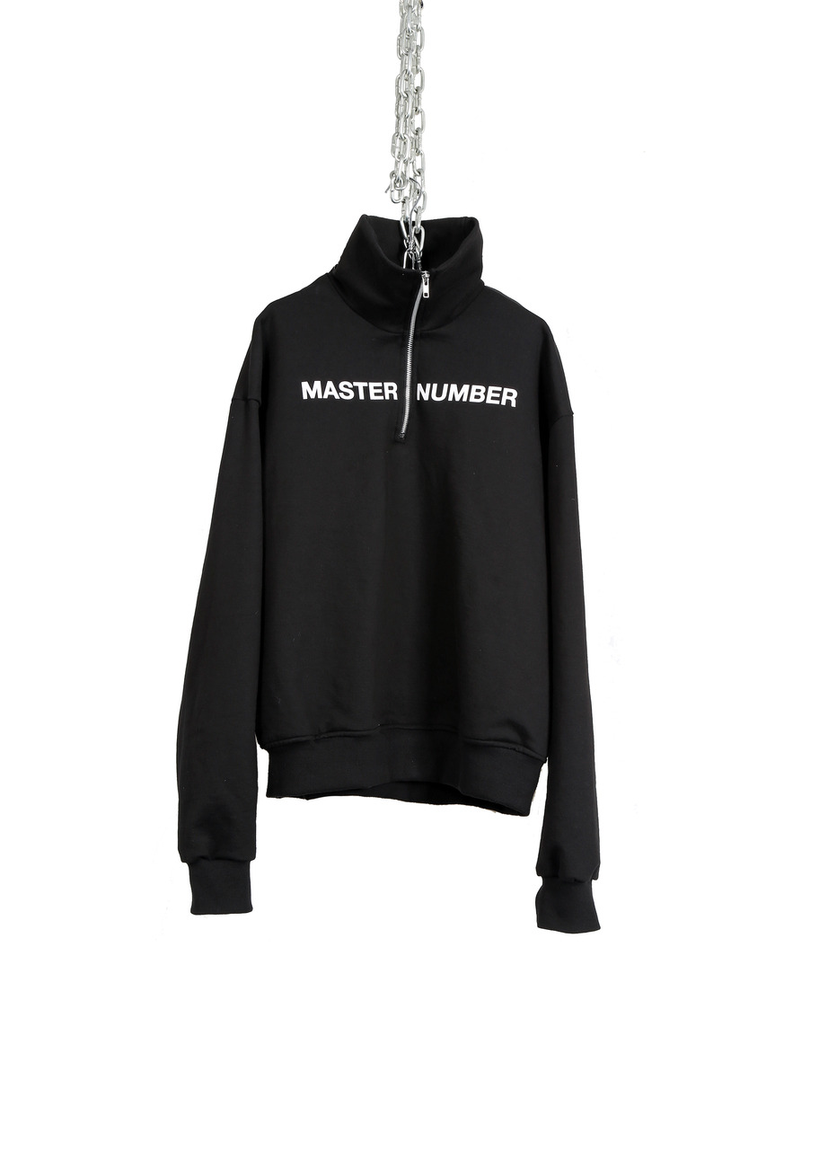 MASTER NUMBER HIGH NECK FRONT ZIPPER SWEAT SHIRTS